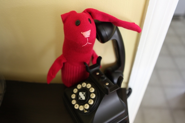 Rabbit-phone2
