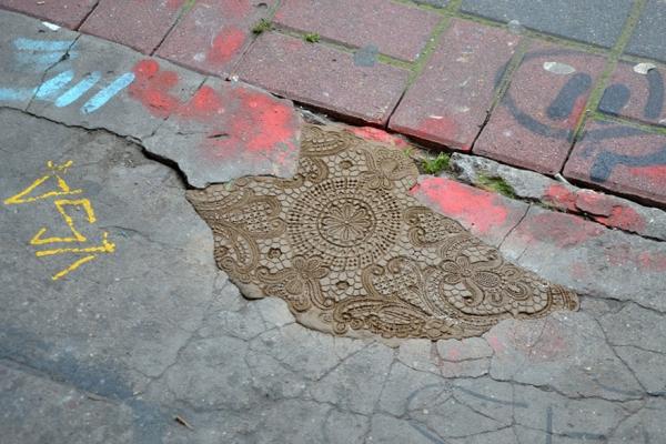 crochet-lace-street-art-nespoon-7