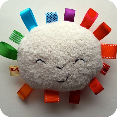 Rainbow Sunshine Plushie Tutorial11