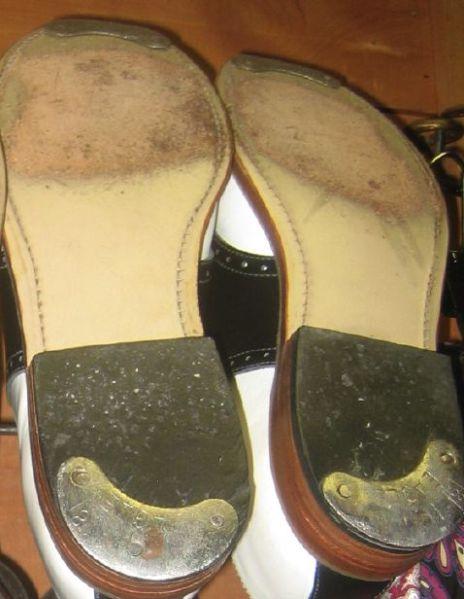 saddle-shoes