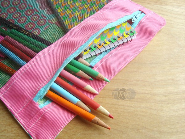 Binder-Zipper-Pouch-2