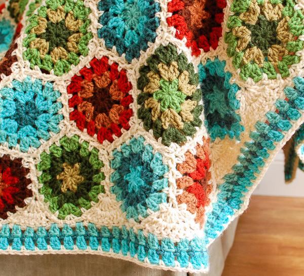 granny-hexagon-afghan-border-3-of-5