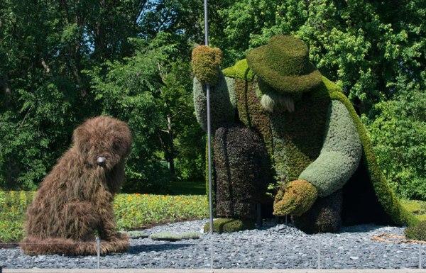 massive-hordicultural-sculptures-in-montreal-designboom-03