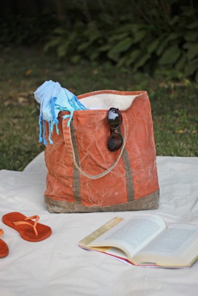 Gardenista, DIY Waxed Canvas Tote, finished_2