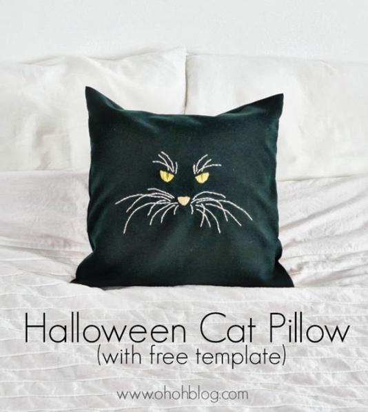 Halloween-cat-pillow_thumb[5]