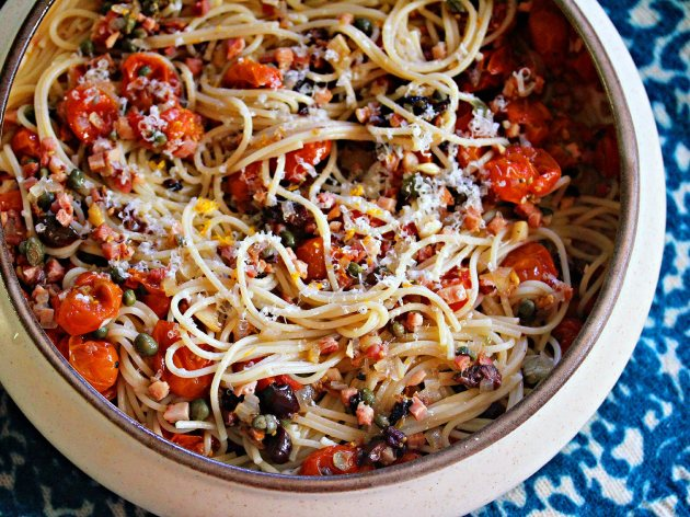 20141010-Serious-Eats-Sunday-Supper-Oven-Roasted-Tomato-Sauce-Salami-Olives-Jennifer-Olvera