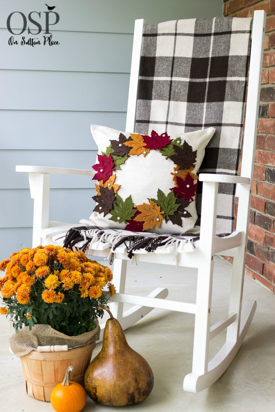 diy-pottery-barn-inspired-fall-leaf-pillow