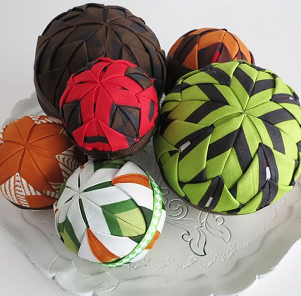 ft-image-fabric-wrapped-globes