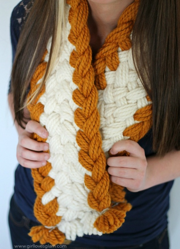 Gorgeous-Chunky-Braided-Scarf-on-www.girllovesglam.com_