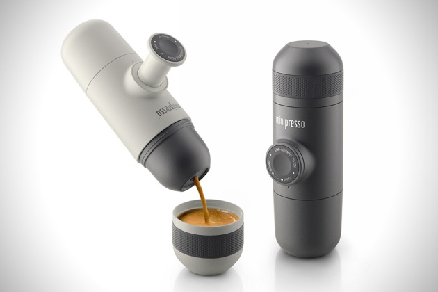 Minipresso-Hand-Powered-Portable-Espresso-Machine-1