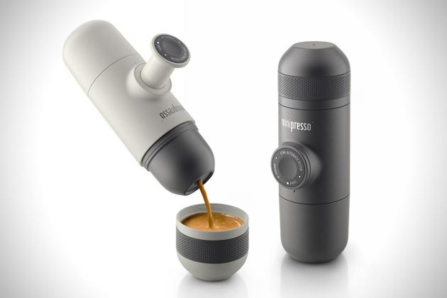 Minipresso-Hand-Powered-Portable-Espresso-Machine-1