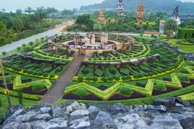 Nong-Nooch-Tropical-Botanical-Garden,-Thailand