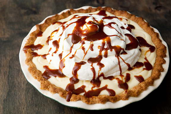 bourbon-caramel-chocolate-banana-cream-pie31
