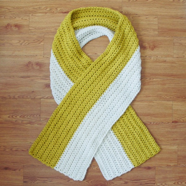 DIY-Impossible-Scarf-Crochet-Pattern-Part-Deux-Scarf