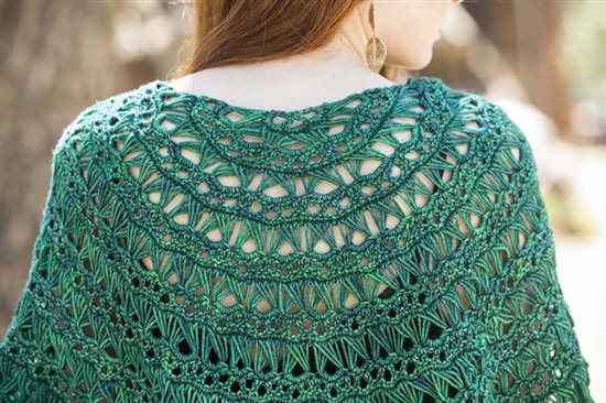 5850.Flying_Broomstick_lace_Shawl%20(3).jpg-550x0