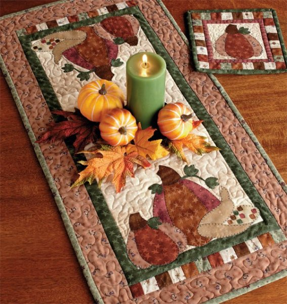 600x635xpumpkin-patch-table-runner-and-hot-pad.jpg.pagespeed.ic.SLvdi1NE_Z
