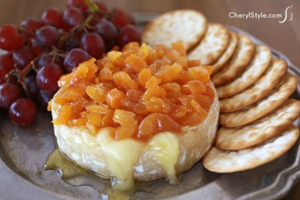 baked-brie-with-apricot-cherylstayle-cherylnajafi-H