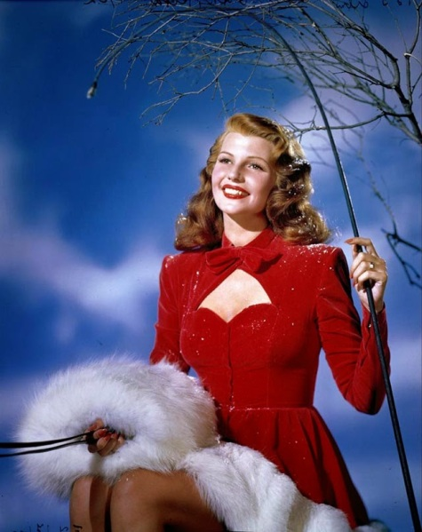 Celebrities Dressed for Christmas in the Past (9)