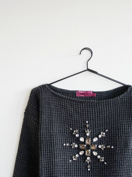 DIY-Mandala-Embellished-Christmas-Sweater-768x1024