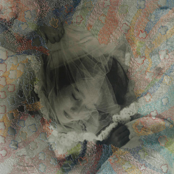 Embroidered_Image_Robert_Mann_9-600x600