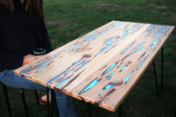 Photoluminescent-Resin-Glow-Tables-by-Mike-Warren-1