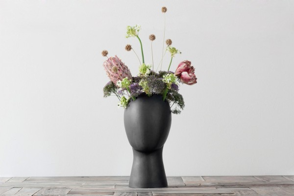 the-wig-vase-by-tania-da-cruz-20