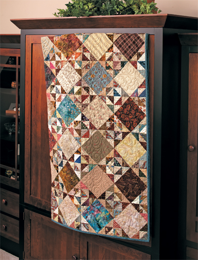 triangle-surprise-quilt-by-edyta-sitar