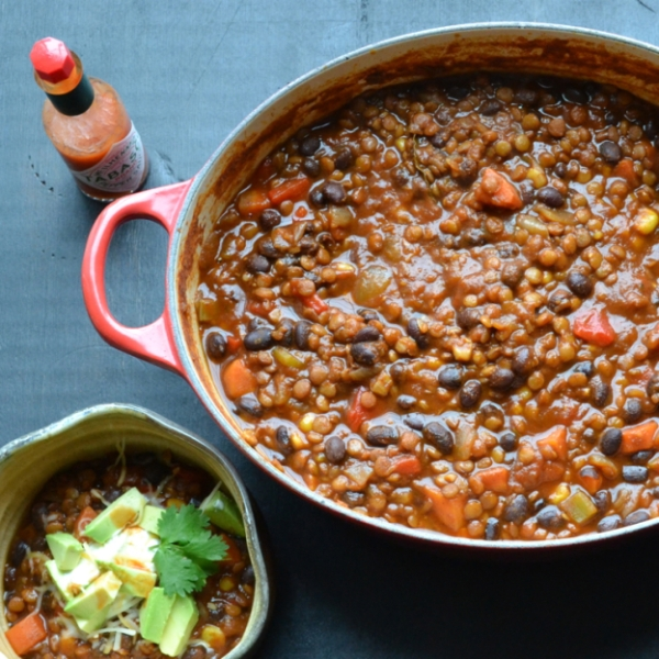 LentilBlackBeanChili750-624x624