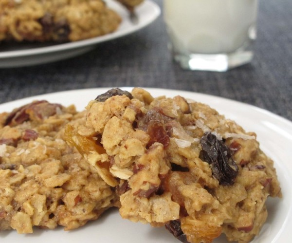 salty+oatmeal+cookies+on+a+plate
