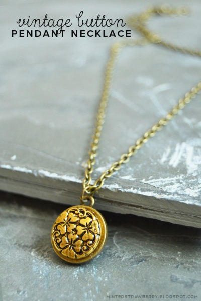 vintage-button-pendant-necklace-1