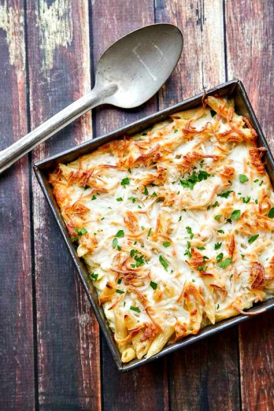 chicken-alfredo-pasta-bake
