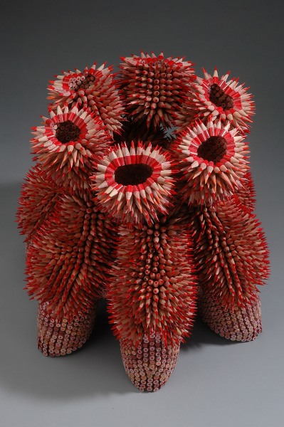 sculpture-made-with-pencils
