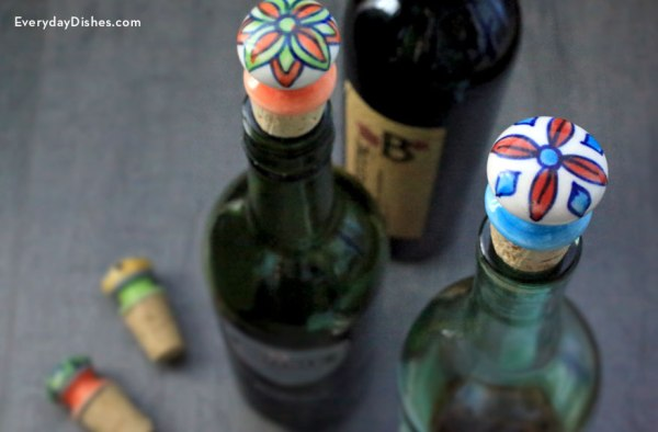 decorative-wine-stoppers-everydaydishes_com-H
