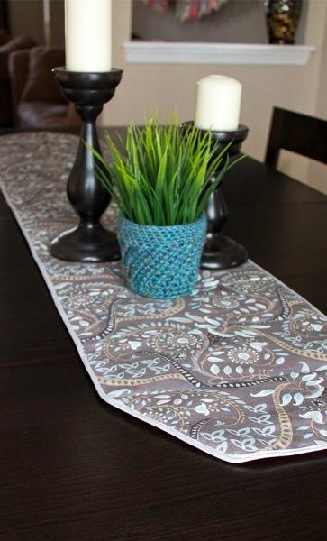 Table+Runner+Trivet_The+Inspired+Wren_02