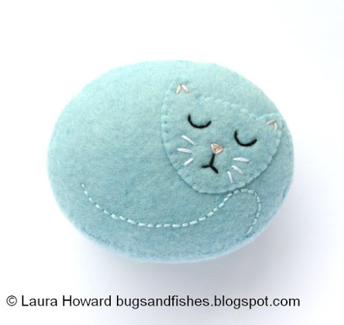 Cat Pincushion 1a
