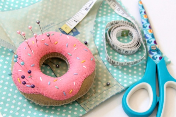 Sew A Doughnut Pincushion How To Distress Your Jeans
