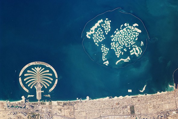 weird-shape-islands-palm-dubai