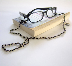 Spectacle_Chain_290