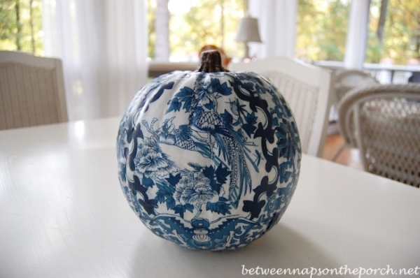 Decoupage-a-Pumpkin1