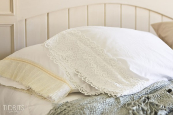 Lace-Pillowcase-10