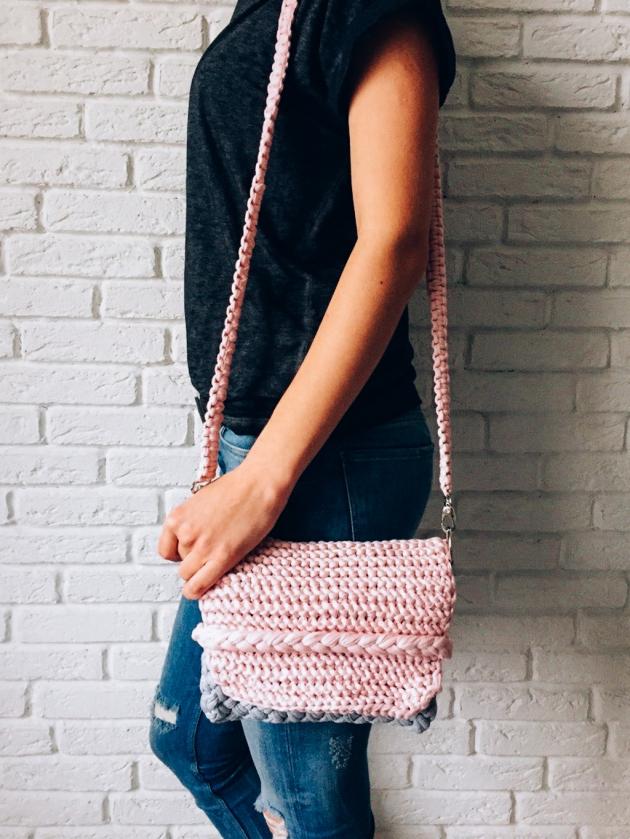 2-knitted-clutch-_-free-pattern.jpg