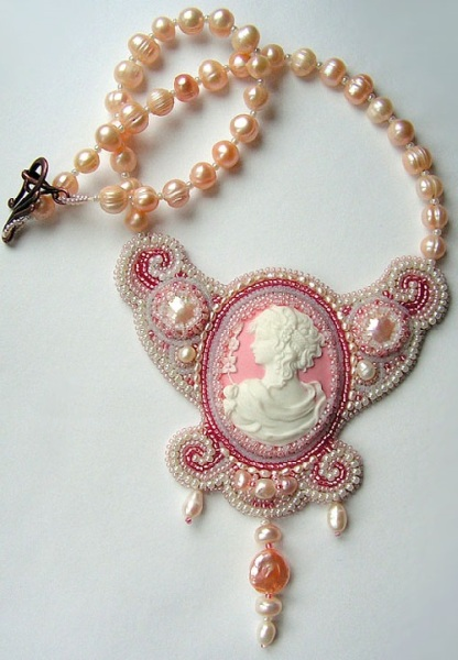 Bead-embroidery-by-Olga-Orlova.-Fiance-Necklace