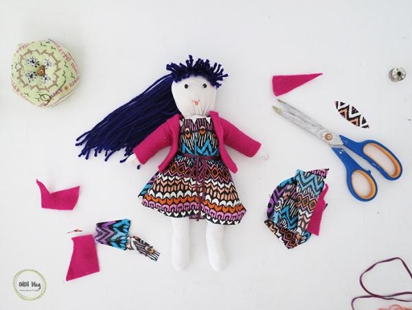 diy+socks+doll+tutorial+1
