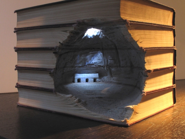 stunning-book-sculptures-guy-laramee-6.jpg
