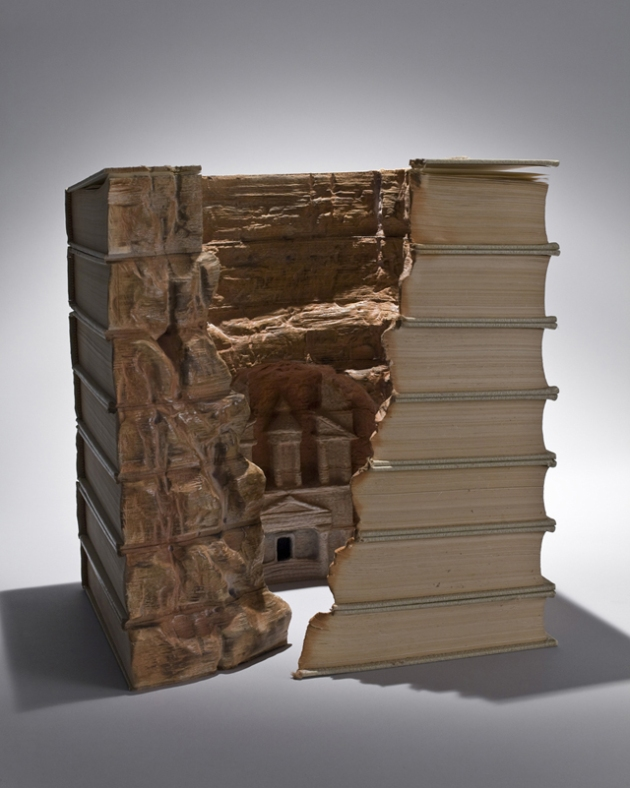 stunning-book-sculptures-guy-laramee-7.jpg