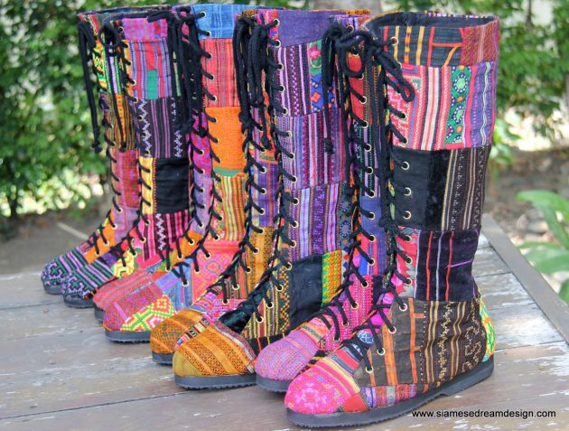 Vegan_patchwork_womens_boots_in_Hmong_embroidery_and_batik_handmade_002_massive.JPG