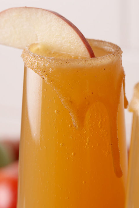 gallery-1475247044-delish-caramel-apple-mimosas-pin-3.jpg