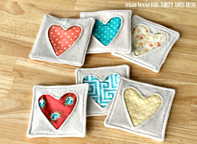 10-Fabric-Heart-Coasters-Valentines-Day.jpg