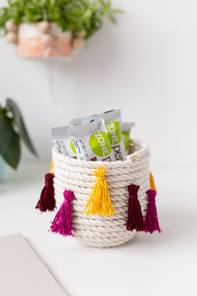 DIY-Coiled-Tassel-Snack-Bowl-with-ZonePerfect-@fallfordiy-33.jpg